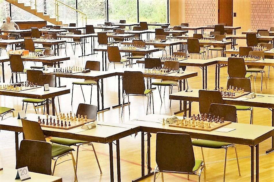 vellmarer-schachtage-2016-leerer-turniersaal