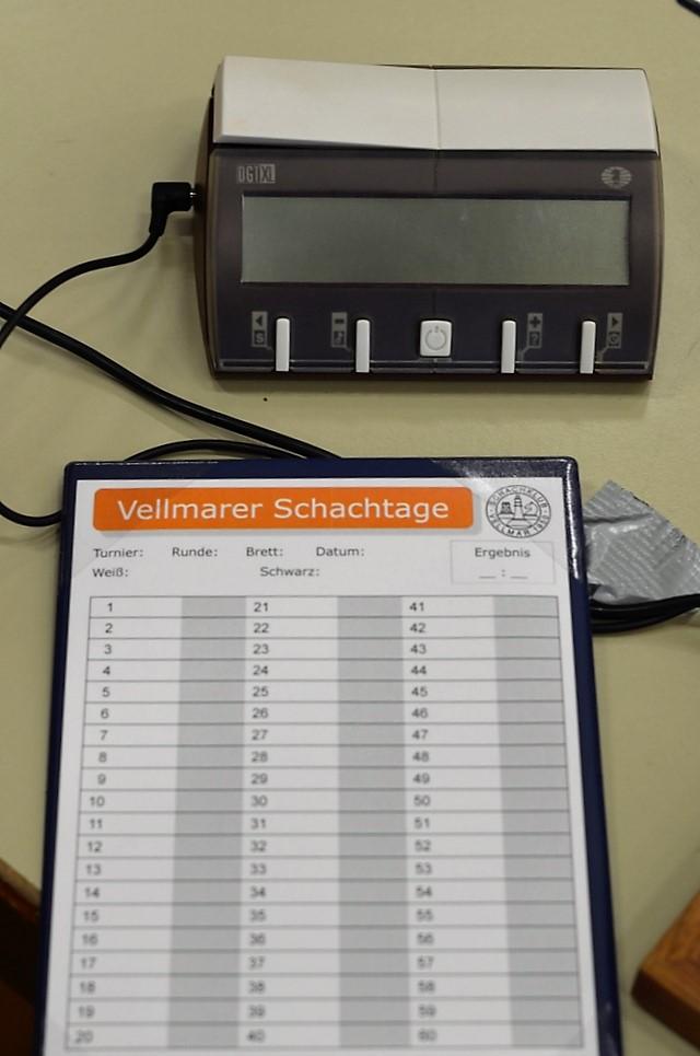 vellmarer-schachtage-2016-partieformular-und-dgt-uhr