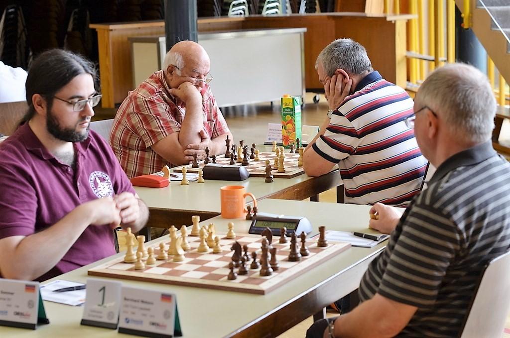 vellmarer-schachtage-2016-viktor-higert-daniel-cotenescu